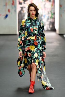 floral-preen